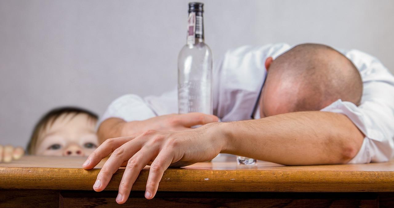 wpływ alkoholizmu